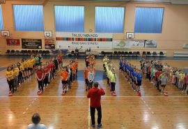 Talsu pamatskolas skolēni Sporta dienā 14. janvārī